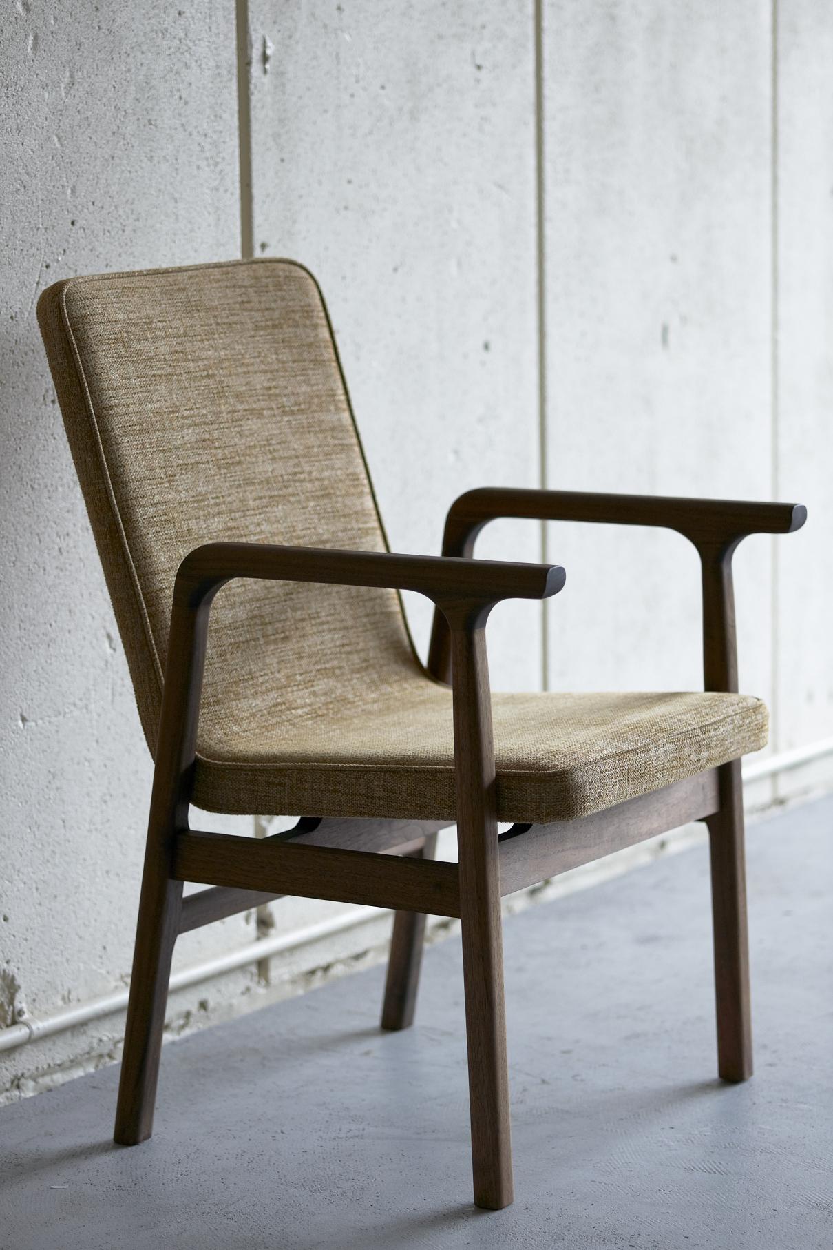 15wnr-chair1